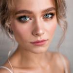 Красивый макияж на Выпускной 2019 года для голубых глаз