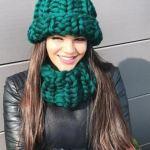 Модные шапки спицами: схемы и описания
