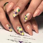 Весенний дизайн ногтей 2021